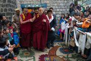 Его Святейшество Далай-лама покидает институт Норбулинка по завершении церемонии празднования 21-й годовщины со дня открытия института. Дхарамсала, Индия. 9 марта 2017 г. Фото: Тензин Чойджор (офис ЕСДЛ)