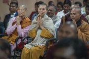 Студенты университета Нава Наланда Махавихара во время интерактивной беседы с Его Святейшеством Далай-ламой. Раджгир, штат Бихар, Индия. 18 марта 2017 г. Фото: Тензин Чойджор (офис ЕСДЛ)