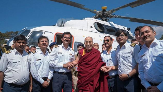 Далай-лама отправился из Таванга в Гувахати и Дели