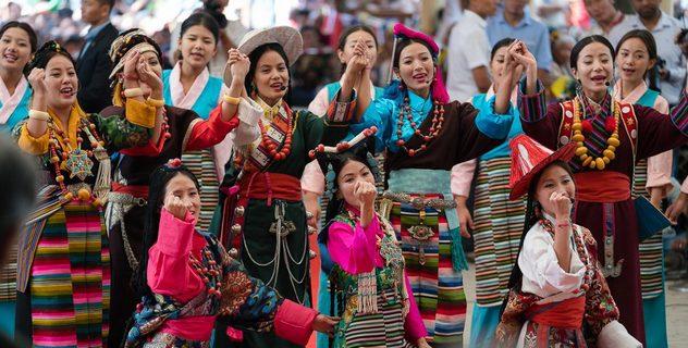 Америкийн конгрессийн гишүүдийг Төвөдийн олон нийтийн өмнө хүлээн авч уулзлаа