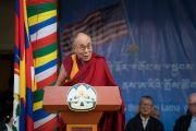 Его Святейшество Далай-лама выступает с обращением в ходе встречи, организованной в главном тибетском храме по случаю визита двухпартийной делегации конгресса США. Дхарамсала, Индия. 10 мая 2017 г. Фото: Тензин Чойджор (офис ЕСДЛ)