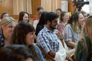 Студенты из США, Канады и Индии во время встречи с Его Святейшеством Далай-ламой. Дхарамсала, Индия. 19 мая 2017 г. Фото: Тензин Пунцок (офис ЕСДЛ)