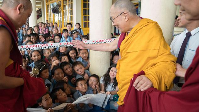 Второй день учений Далай-ламы для тибетской молодежи