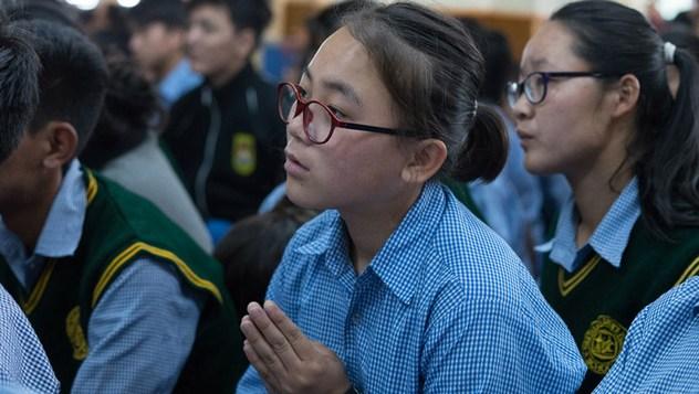 Далай-лама завершил учения для тибетской молодежи