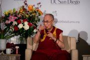 Его Святейшество Далай-лама во время встречи с представителями местного тибетского сообщества. Сан-Диего, штат Калифорния, США. 18 июня 2017 г. Фото: Эрик Джепсен (Калифорнийский университет Сан-Диего)