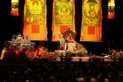Вид на сцену конференц-центра Миннеаполиса во время встречи Его Святейшества Далай-ламы с тибетцами из местного тибетского сообщества. Миннеаполис, штат Миннесота, США. 24 июня 2017 г. Фото: Тензин Пунцок Вальяг