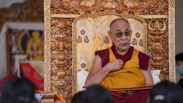 Далай-лама начал учения по поэме Шантидевы «Путь бодхисаттвы» в Ле