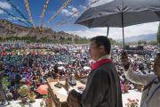 Сикьонг (глава Центральной тибетской администрации) Лобсанг Сенге выступает с обращением во время церемонии празднования 82-летия Его Святейшества Далай-ламы в Шивацель. Ле, Ладак, штат Джамму и Кашмир, Индия. 6 июля 2017 г. Фото: Тензин Чойджор (офис ЕСДЛ)