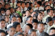 Некоторые из 1600 учеников Ладакской публичной школы во время визита Его Святейшества Далай-ламы. Ле, Ладак, штат Джамму и Кашмир, Индия. 8 июля 2017 г. Фото: Лобсанг Церинг (офис ЕСДЛ)