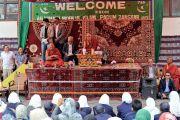 Его Святейшество Далай-лама дарует наставления в мусульманской школе общества «Анжуман моэн-уль-ислам». Падум, Занскар, штат Джамму и Кашмир, Индия. 18 июля 2017 г. Фото: Лобсанг Церинг (офис ЕСДЛ)