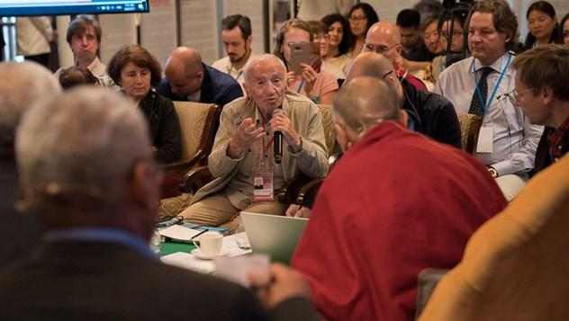 Второй день диалога между российскими и буддийскими учеными-философами