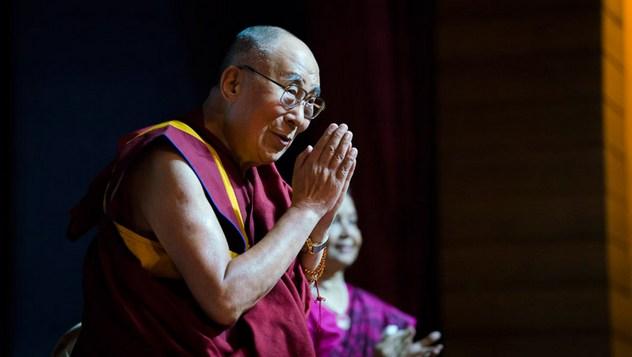 Далай-лама прочел лекцию в рамках серии мемориальных лекций, посвященных Раджендре Матуру
