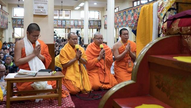 Далай-лама начал учения по комментарию Буддапалиты по просьбе учеников из Юго-Восточной Азии