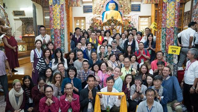 Заключительный день учений для буддистов из Юго-Восточной Азии