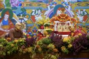 Латвийский театральный режиссер Алвис Херманис выступает с комментариями во время диалога с Его Святейшеством Далай-ламой «Гармония мира не знает границ». Рига, Латвия. 25 сентября 2017 г. Фото: Тензин Чойджор (офис ЕСДЛ)