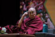Его Святейшество Далай-лама дарует наставления о глобальной ответственности и сострадании по просьбе благотворительного фонда «Улыбка». Нью-Дели, Индия. 19 ноября 2017 г. Фото: Тензин Чойджор (офис ЕСДЛ)