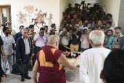 Его Святейшество Далай-лама проводит пресс-конференцию в резиденции главного министра штата Орисса. Бхубанешвар, штат Орисса, Индия. 20 ноября 2017 г. Фото: Тензин Чойджор (офис ЕСДЛ)