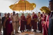 Его Святейшество Далай-лама прибывает в монастырь Ташилунпо. Билакуппе, штат Карнатака, Индия. 22 декабря 2017 г. Фото: Тензин Чойджор.