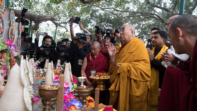 Далай-лама совершил паломничество в храм Махабодхи