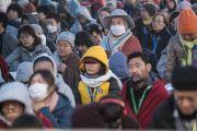 Иностранцы, прибывшие из 68 стран, во время второго дня учений Его Святейшества Далай-ламы по «Сутре Колеса Учения» и сутре «Ростки риса». Бодхгая, штат Бихар, Индия. 6 января 2018 г. Фото: Лобсанг Церинг.