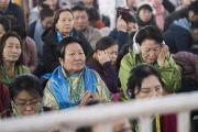 Некоторые из более чем 30 000 верующих во время первого дня учений Его Святейшества Далай-ламы. Бодхгая, штат Бихар, Индия. 14 января 2018 г. Фото: Лобсанг Церинг.