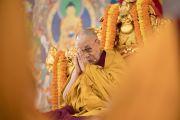 Его Святейшество Далай-лама во время второго дня учений на площадке «Калачакра Майдан». Бодхгая, штат Бихар, Индия. 15 января 2018 г. Фото: Мануэль Бауэр.