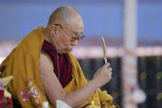 Его Святейшество Далай-лама дарует посвящение одиночного Ямантаки. Бодхгая, штат Бихар, Индия. 21 января 2018 г. Фото: Лобсанг Церинг.