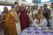 Ерөнхий боловсролын сурагч хүүхдүүдтэй уулзаж, Тайландын шинэ сүмийн нээлтэнд оролцов
