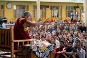 Его Святейшество Далай-лама дарует наставления более чем 1000 туристов, прибывших из разных стран мира. Дхарамсала, Индия. 19 мая 2018 г. Фото: Тензин Чойджор.