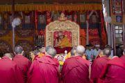 Его Святейшество Далай-лама дает комментарии по «Восьми строфам о преобразовании ума». Дискит, Ладак, штат Джамму и Кашмир, Индия. 13 июля 2018 г. Фото: Тензин Чойджор.