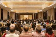 Вид на банкетный зал отеля Конрад во время второй лекции Его Святейшества Далай-ламы, организованной по просьбе общества «Видьялоке». Бангалор, штат Карнатака, Индия. 12 августа 2018 г. Фото: Тензин Чойджор.