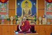Его Святейшество Далай-лама дарует наставления участникам молодежного форума «Пять-пятьдесят» в своей резиденции. Дхарамсала, Индия. 20 августа 2018 г. Фото: дост. Тензин Джампел.