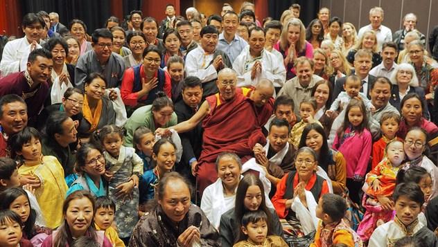 Далай-лама встретился в Мальмё со студентами