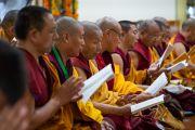 Монахи монастыря Намгьял во время молебна о долгой жизни Его Святейшества Далай-ламы. Дхарамсала, Индия. 3 сентября 2018 г. Фото: Тензин Чойджор.